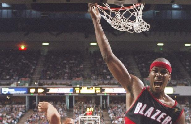 Cliff Robinson, NBA All-Star and 'Survivor' Contestant, Dies at 53