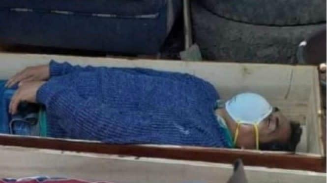 Pesta Miras Saat Lockdown, Wali Kota Pura-pura Mati Ketika Ditangkap