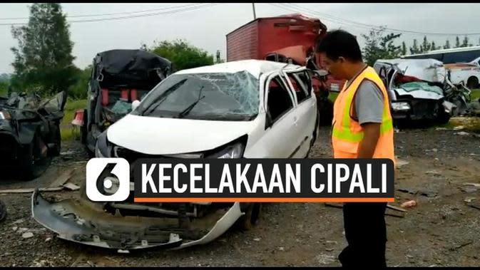 VIDEO: Kecelakaan Tol Cipali, 1 Tewas 4 Luka-Luka