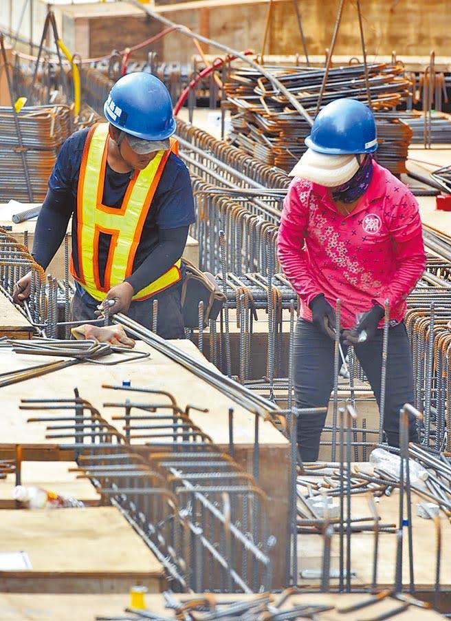 去年重大職業災害案件增加很多,勞團認為,勞工未受完整安全教育訓練,上工的意外案例恐會再度發生。(本報資料照片)