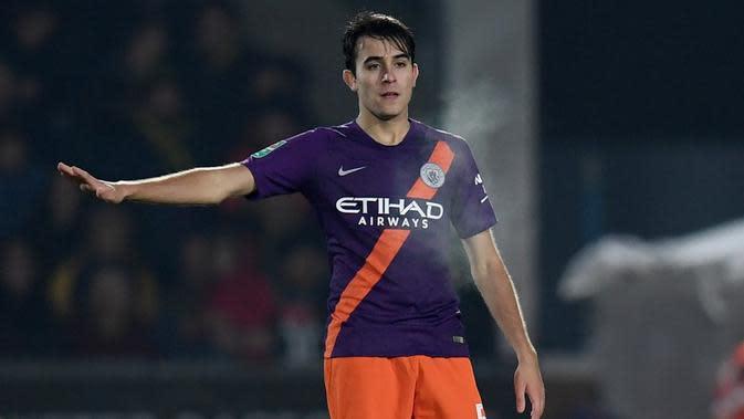 Gelandang Manchester City, Eric Garcia, kabarnya masuk radar Barcelona pada bursa transfer musim panas ini. (AFP/Paul Ellis)