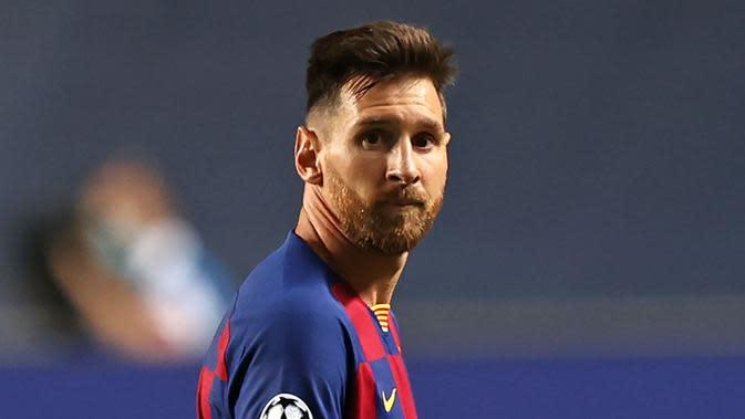 Ekspresi Striker Barcelona, Lionel Messi, saat melawan Bayern Munchen pada laga Liga Champions di Stadion the Luz, (14/8/2019). (AFP/Rafael Marchante)