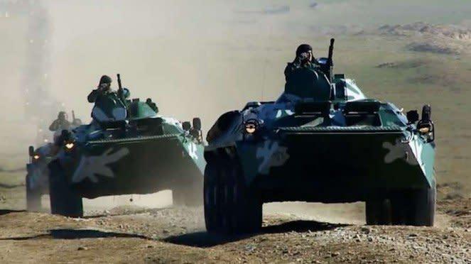 VIVA Militer: Kendaraan lapis baja Angkatan Bersenjata Azerbaijan