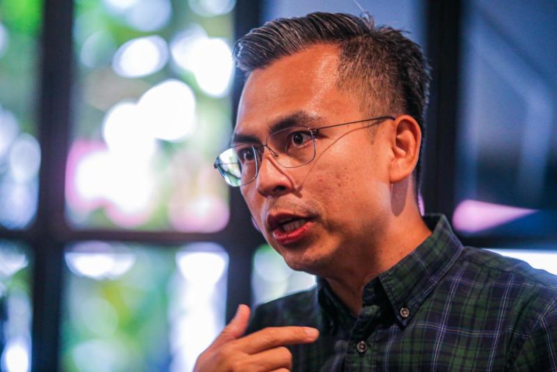 Lembah Pantai MP Fahmi Fadzil speaks to Malay Mail in Bangsar, September 29, 2020. — Picture by Hari Anggara.