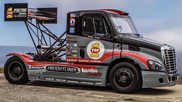 2,000-hp Banks Super-Turbo Freightliner hauls out to Pikes Peak