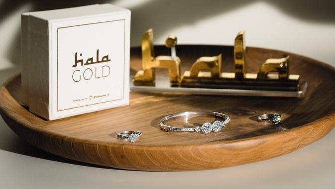 Koleksi perhiasan Hala Gold X Shireen Sungkar. (dok. Hala Gold)