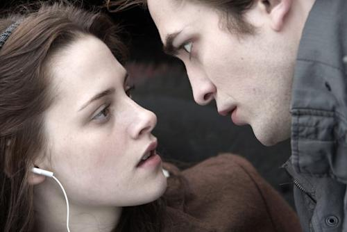 When Robert Pattinson and Kristen Stewart first auditioned for 'Twilight'… in bed