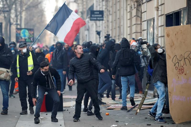 FILE PHOTO: France faces its thirty-eight consecutive day of strikes