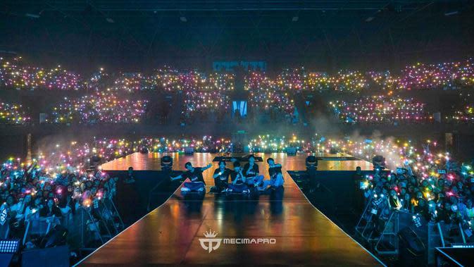 DAY6 WORLD TOUR 'GRAVITY' IN JAKARTA. (MecimaPro)