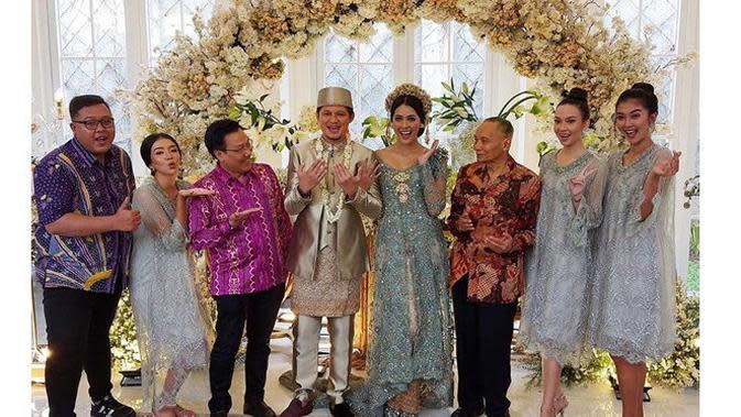 6 Momen Pernikahan Syamsir Alam dan Bunga Jelitha, Beri Maskawin 25 Gram Emas (sumber:Instagram.com/juna.perwira)