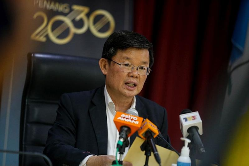 Penang Chief Minister Chow Kon Yeow speaks to the press during a media conference at Komtar March 9, 2020. — Picture by Sayuti Zainudin
