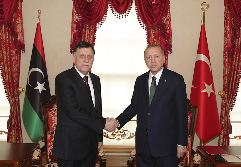 Melihat para pemain utama dalam perang Libya yang berubah bentuk