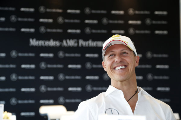Ross Brawn認為Lewis Hamilton難比Michael Schumacher