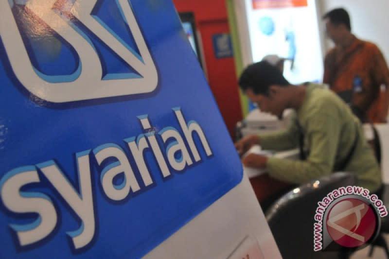 Sejumlah bank daerah tertarik konversi ke bank syariah, ini alasannya