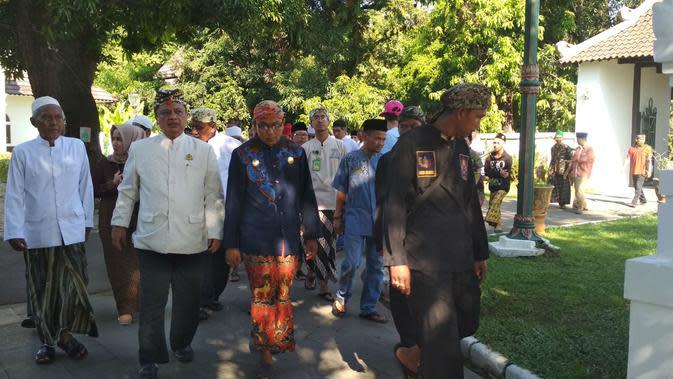 Ketua Forum Silaturahmi Keraton Nusantara PRA Arief Natadiningrat mengaku prihatin dengan deklarasi Keraton Agung Sejagat. Foto (Liputan6.com / Panji Prayitno)
