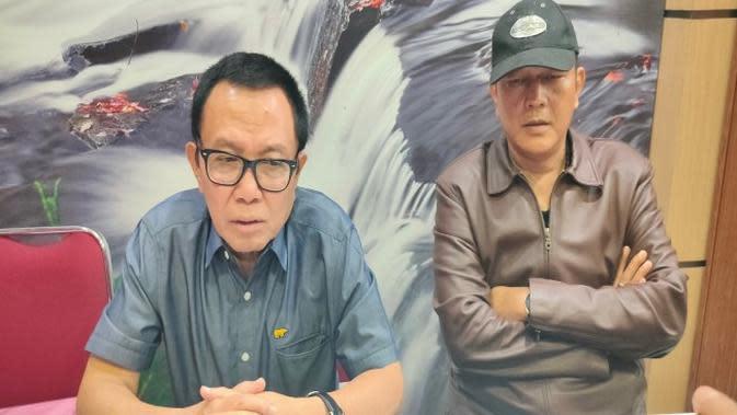 Keluarga Rahardji Djali dipastikan menempuh jalur hukum dalam polemik yang terjadi di Keraton Kasepuhan Cirebon. Foto (Liputan6.com / Panji Prayitno)