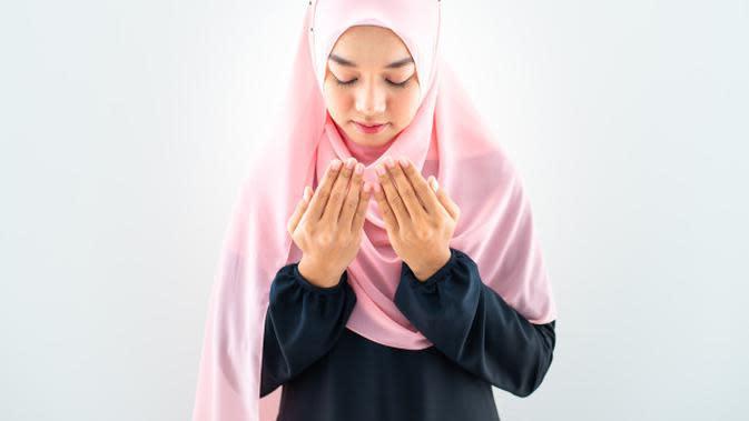 Ilustrasi Muslimah Credit: freepik.com
