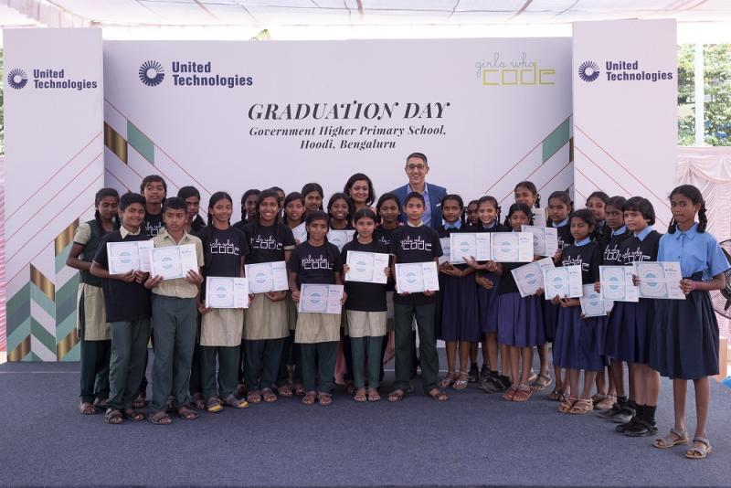 Alka Siddiqui, Digital Leader, Collins Aerospace and Vince Campisi, Chief Digital Officer, United Technologies along with India's first cohort of Girls Who Code club graduates. on Wednesday, Nov. 6, 2019 in Bengalore, India. (Mahesh Bhat/AP Images for United Technologies)