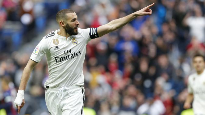 2. Karim Benzema (Real Madrid) - 14 Gol (3 Penalti). (AP/Paul White)