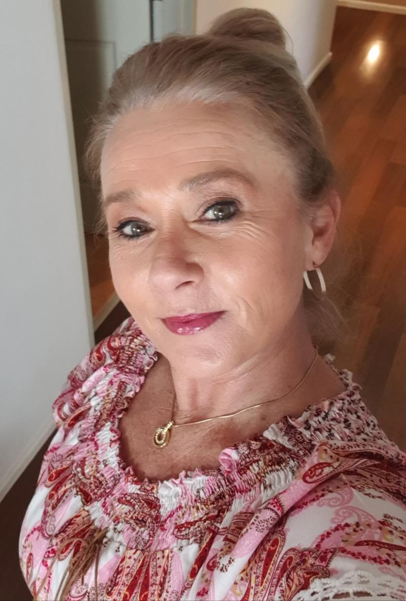 Penelope Holbrook