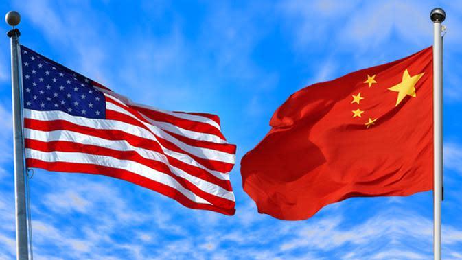 Ilustrasi Amerika & China (Liputan6.com/Johan Fatzry)