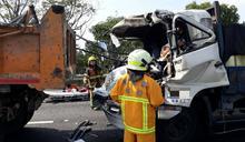 國三古坑南下路段追撞事故 駕駛嚴重受困搶救後送醫