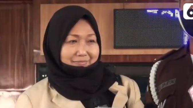 Pengacara Djoko Tjandra, Anita Kolopaking di gedung Kejaksaan Agung Jakarta. (Vidio.com)