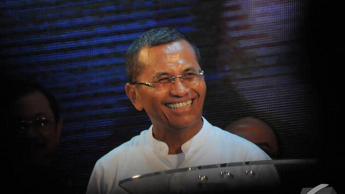 Dahlan Iskan saat menghadiri penghargaan Marketeer of The Year 2014 yang digelar oleh Markplus Inc, Jakarta, Kamis (11/12/2014). (Liputan6.com/Herman Zakharia)