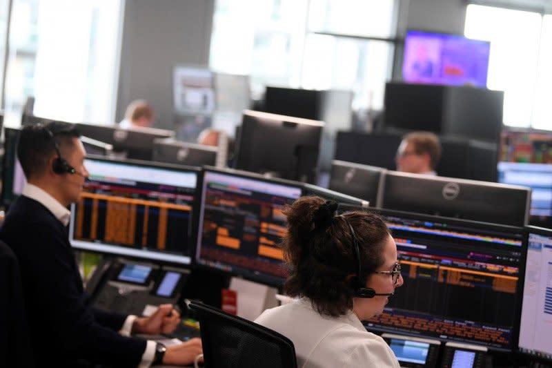 Saham Inggris setop reli panjang, Indeks FTSE 100 susut 0,06 persen