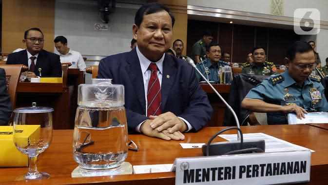Menhan AS Mark Esper Telepon Prabowo Subianto Bahas Kerja Sama Militer