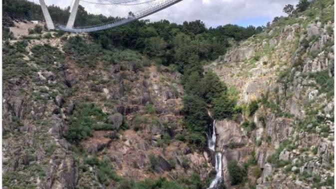 Portugal Siap Resmikan Arouca, Jembatan Gantung Terpanjang di Dunia. (dok.Instagram @pedrojoaopinto/https://www.instagram.com/p/CB_kvcIhzHh/?utm_source=ig_embed/Henry)