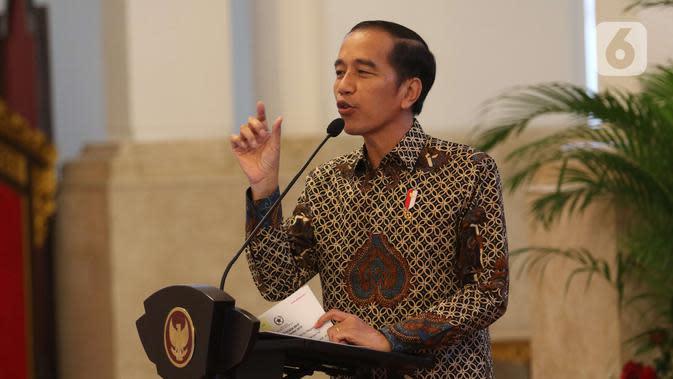 Presiden Joko Widodo saat Presidential Lecture Internalisasi dan Pembumian Pancasila di Istana Negara, Jakarta, Selasa (3/12/2019). Jokowi memberikan poin kunci untuk pembumian Pancasila di semua kalangan. (Liputan6.com/Angga Yuniar)