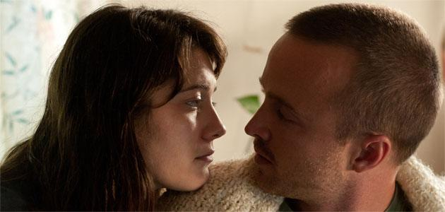 'Smashed' Star Mary Elizabeth Winstead Tries Breaking Bad as an Alcoholic Opposite Aaron Paul