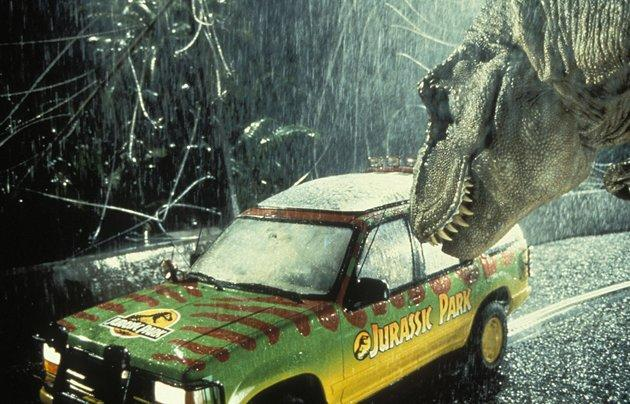 'Jurassic Park' Five Film Facts: Are Those Raptors or Guys in Monster Suits?