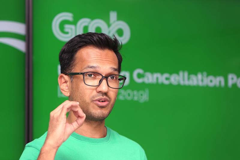 Grab Malaysia head (operations) Rashid Shukor conducts a briefing on its Passenger Cancellation Policy at its offices in Bandar Utama, Petaling Jaya March 22, 2019. — Picture by Choo Choy May