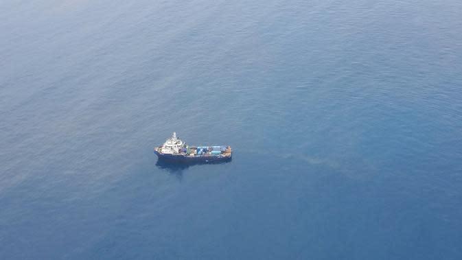 Pertamina Hulu Energi Offshore North West Java (PHE ONWJ) dan Pertamina Hulu Energi Offshore Southeast Sumatra (PHE OSES) memeriksa sejumlah fasilitas di Perairan Kepulauan Seribu. Dok PHE