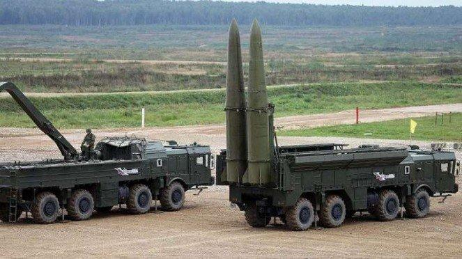 VIVA MIliter: Rudal balistik 9K720 Iskander Angkatan Bersenjata Armenia