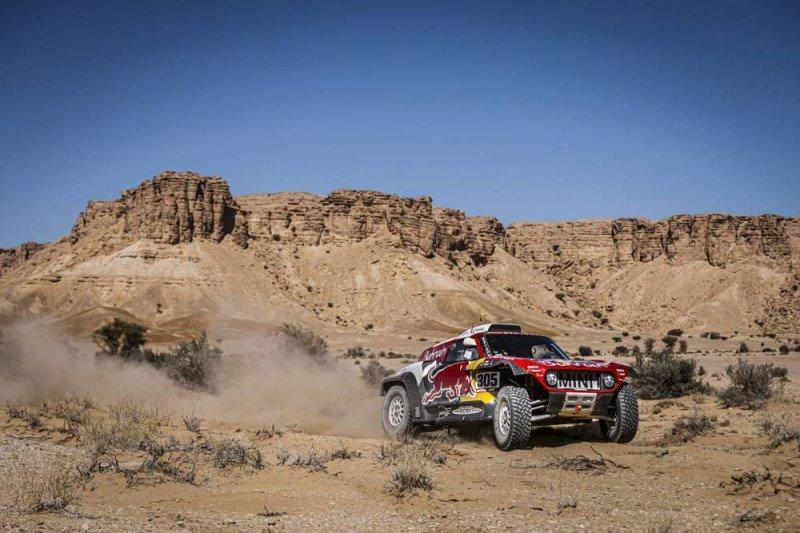 Posisi Sainz terancam setelah etape IX Dakar 2020
