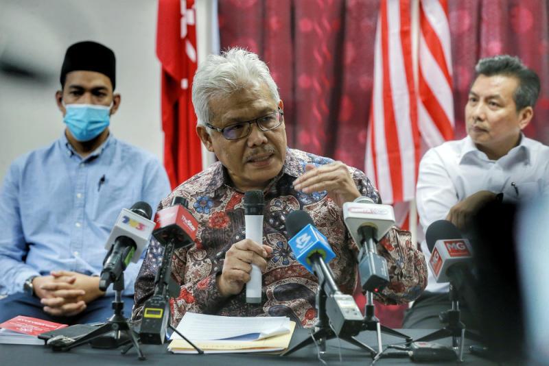 Bersatu sec-gen Datuk Seri Hamzah Zainudin speaks during a press conference at Yayasan Selangor in Petaling Jaya May 29, 2020. — Picture by Ahmad Zamzahuri