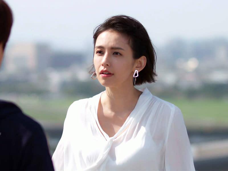 袁艾菲大膽嗆辣 演活新時代女性