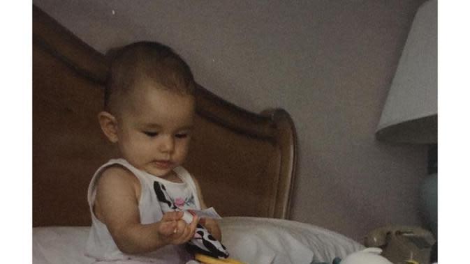 Potret gemas Dahlia Poland saat masih kecil. (Sumber: Instagram/@dahliachr)