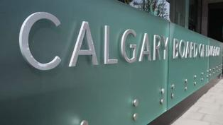 Grade 7-12 students at Calgary public and Catholic schools move to online learning next week