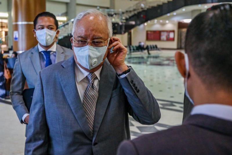 Datuk Seri Najib Razak is pictured at the Kuala Lumpur High Court May 21, 2020. — Picture by Hari Anggara