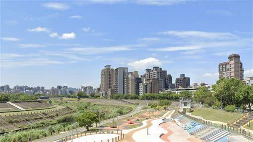 台北市「蛋白區」的文山區每坪房價45.81萬元,吸引首購買盤。(圖/翻攝自GoogleMap)