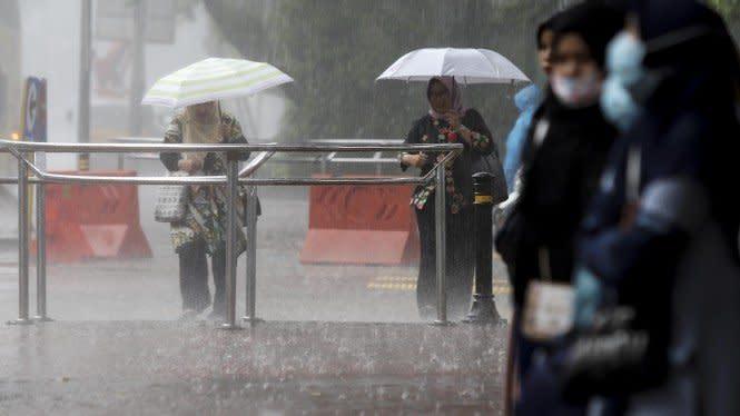 Musim Hujan Tiba, Lakukan Ini agar Rumah Tak Bocor