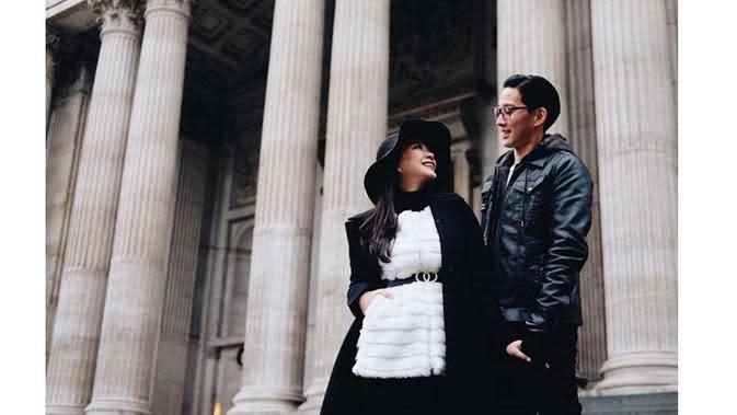 Keliling Eropa, Ini 6 Momen Mesra Babymoon Yuanita Christiani Bareng Suami (sumber: Instagram.com/yuanitachrist)