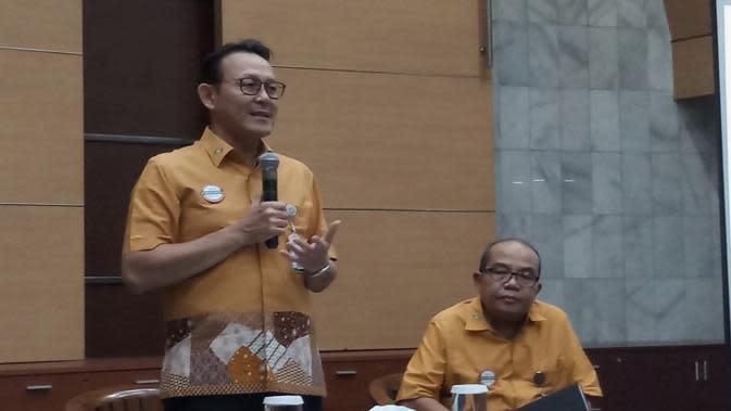 Direktur Utama BPJS Kesehatan Fachmi Idris menggelar konferensi pers penyesuaian iuran BPJS di Kantor BPJS Kesehatan, Jakarta pada Jumat (1/11/2019). (Liputan6.com/Fitri Haryanti Harsono)