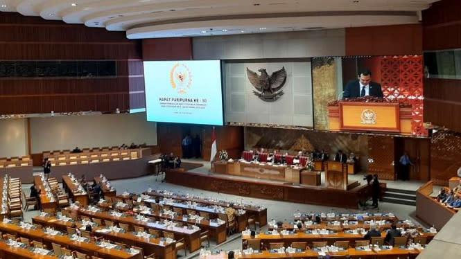 Pengamat Sebut Omnibus Law Cipta Kerja Bukti Legislasi Ugal-ugalan