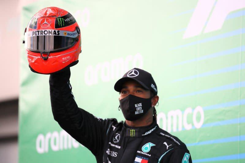Juara di Nurburgring, Hamilton samai rekor Michael Schumacher