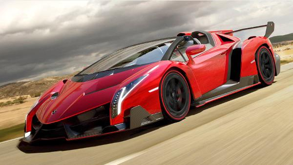 Lamborghini Veneno Roadster throws away its top for $5.3 million